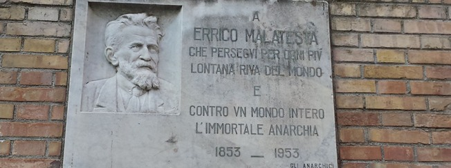 Plaque to commemmorate Malatesta, Ancona
